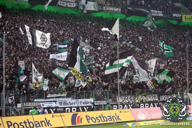 Borussia Monchengladbach S04h1112-005