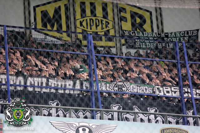Borussia Monchengladbach - Pagina 3 Elfbia1213-034
