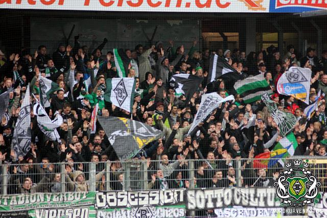 Borussia Monchengladbach - Pagina 3 Scfa1213-013